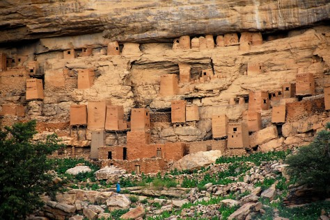 Dogon_And_Tellem_Granaries
