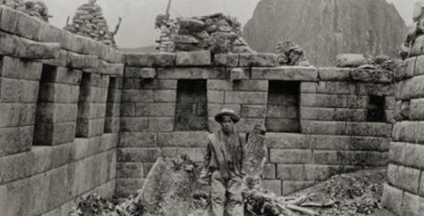 Machu_Picchu_Hiram_Bingham