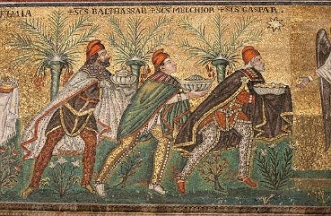 san-apolinar-nuovo-ravena-ofrenda-de-los-reyes-magos-526-3