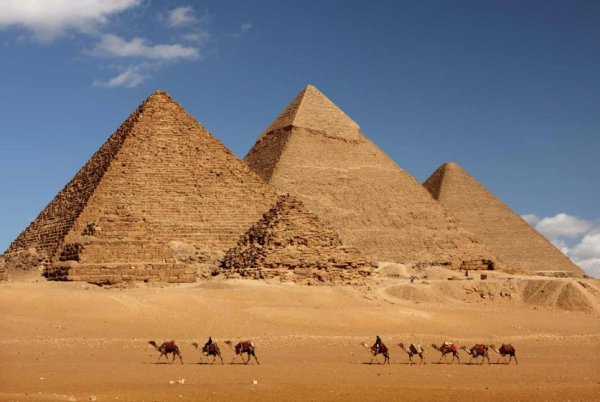 piramide-giza-high